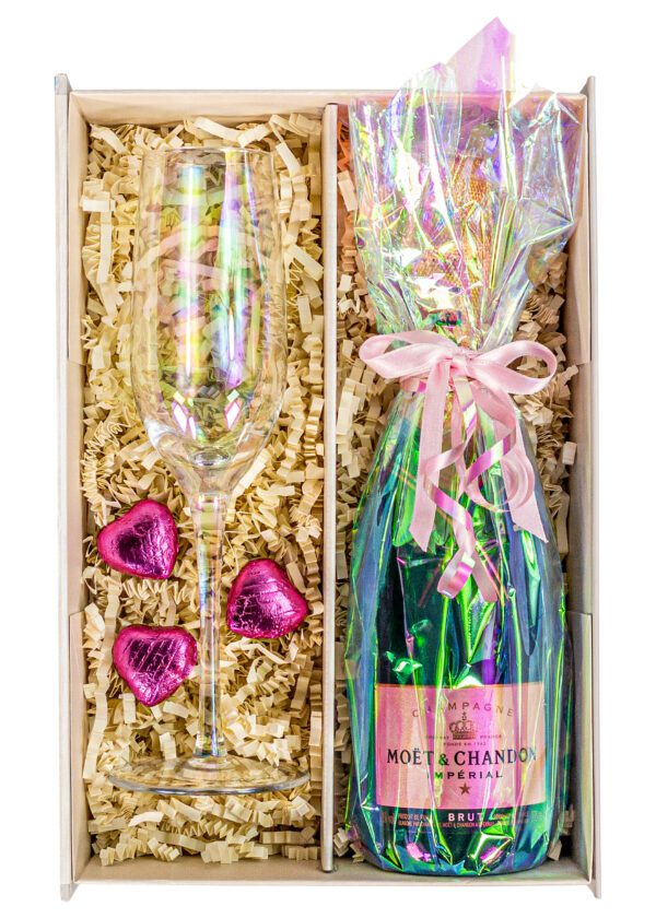 Moet and Chandon | Brut Imperial | 37.5cl | iridescent | Lustre | Sparkleware Gift Set | Keico Drinks
